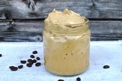 Dalgona Coffee auf Vorrat und zum Mitnehmen