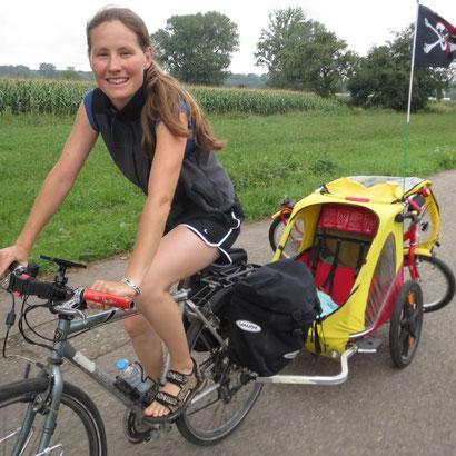 Dr. Silke Schäfer Radreise mit Kinderanhänger