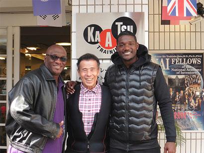 Justin Gatlin mit Trainer Dennis Mitchell bei Dr. Sato