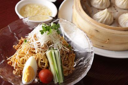 ピリ辛ワンタン チャーハンセット(ゴマ風味)