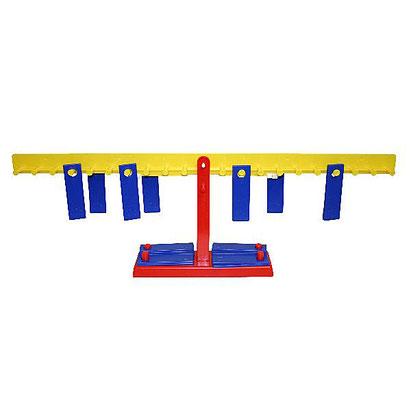 Balance avec plaques pour apprendre l'équilibre en s'amusant avec les enfants.