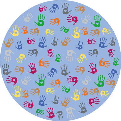Tapis de jeux avec mains colorées, idéal pour les jeux d'enfants.