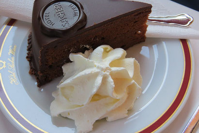 sachertorte City tours viennaforyou
