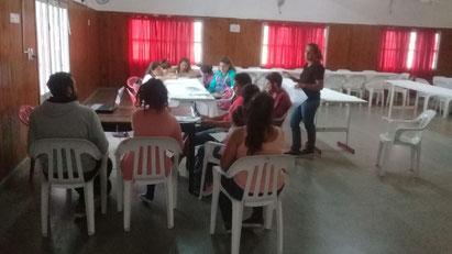 Beim Treffen Anfang März erhalten die geförderten StudentInnen und SchülerInnen Information zum Stipendium.