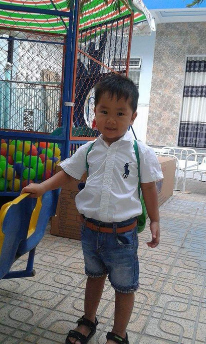 Dung at kindergarten