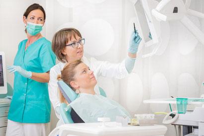 Die Leistungen der Zahnarztpraxis Dr. Gabriele S. Müller in Neuss-Uedesheim