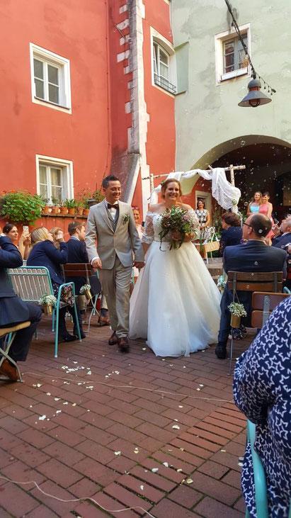 Freie Trauung Clarissa & Nico im Amore, Vino & Amici in Regensburg