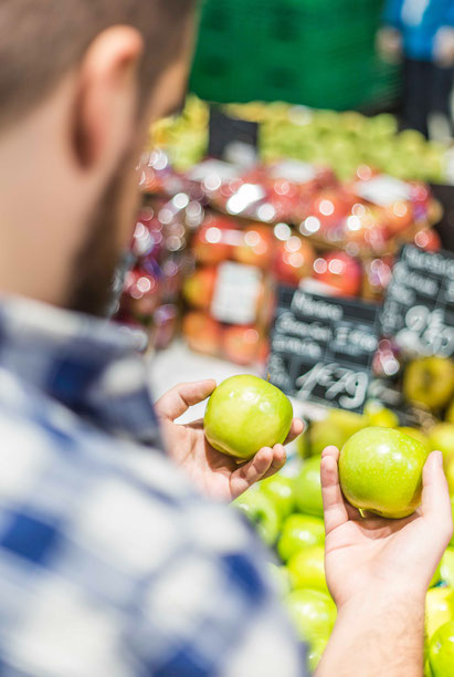 Implement nudges in the supermarket to make the healthy choice the easy choice