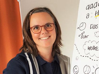 Illustratorin Claudia Esser von der Agentur manusfactur, Foto: ChangeWriters e.V.