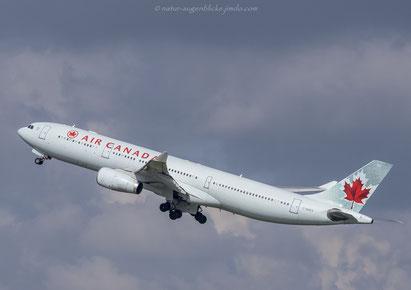 Air Canada/A330-343/C-GHKX