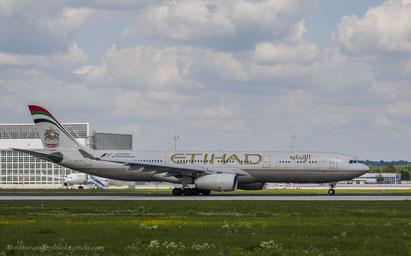 Etihad A6-AFC Airbus A330-343