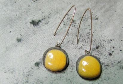 boucles d'oreilles céramique raku noire et jaune