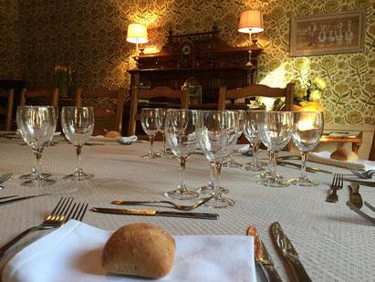 Table d'hôtes au chateau du Payre, salle à manger