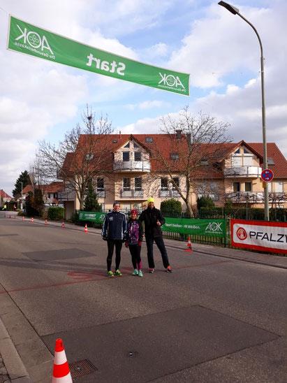 Ralf, Jarunee und Martin vor der Bergtour