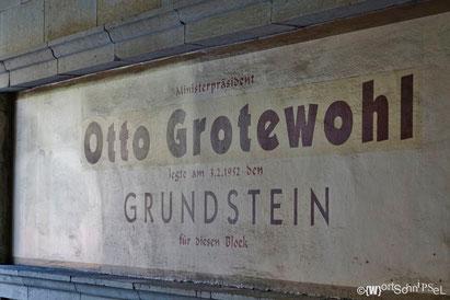 Otto Grotewohl war von 1949 bs 1964 Ministerpräsident der DDR