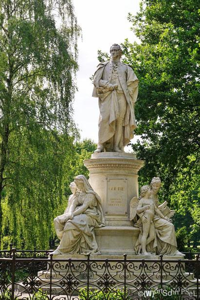 Goethe hat auch seinen Platz im Großen Tiergarten