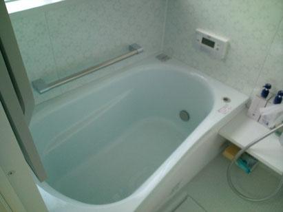 タイルの浴室からユニットバスへ