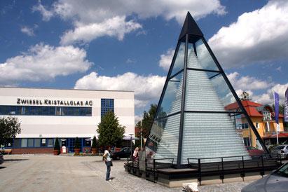 Teaser Glasstraße Attraktionen: Kristallpyramide