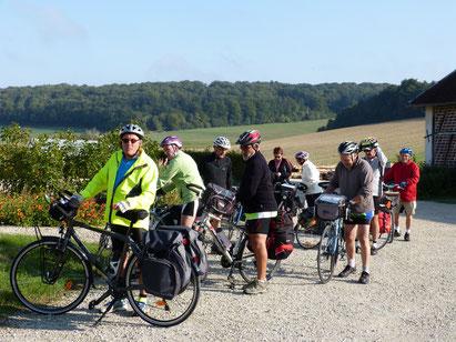 venez faire du cyclotourisme, du VTT, circuit vélo du pays d'othe, aube en champagne à vélo, préférez vélo à assistance électrique pour les côtes de notre région