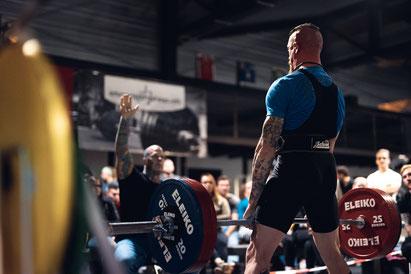 Maximalkrafttraining und Powerlifting / Kraftdreikampf