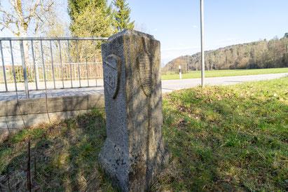 Dreikantone-Stein in St. Urban: Grenze Bern-Luzern-Aargau