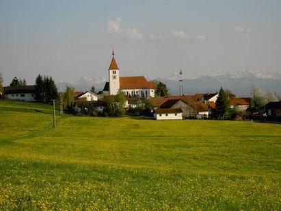 Bild: Frühlingsblick auf Haldenwang