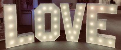 XXL Buchstaben für Hochzeit
