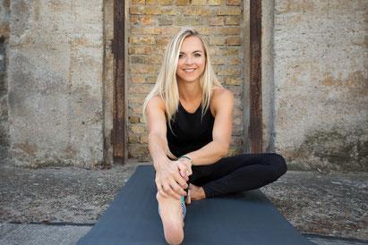Lisa Kauff Monkey Yoga