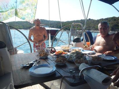 Segeln auf einer Segelyacht mit Skipper Aktivurlaub für Alleinreisende