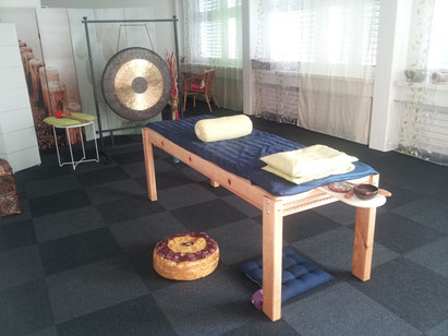 Liegemonochord Klangliege Serenum Klangarbeit