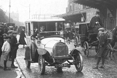 Taxi at Central Station Amsterdam-1919