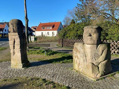 Skulpturengruppe der Arster Steinsetzer - Kunst im öffentlichen Raum in Bremen Obervieland  (Foto: 03-2020, Jens Schmidt)
