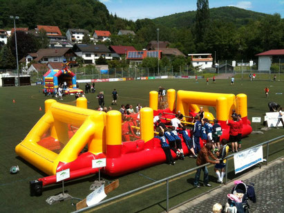 Quelle: https://www.spass-verleih.de/eventmodule/spiel-sport-action/human-soccer