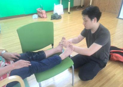 足型の研究が最高の趣味と言うだけに趣深いフットケア