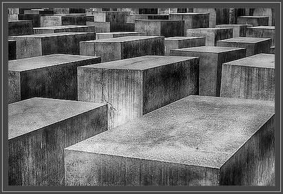 Foto:  Holocaust Mahnmal Berlin. pixabay.com -  Symbolfoto