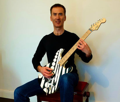 The Embodied Guitarist with the Alexander Technique