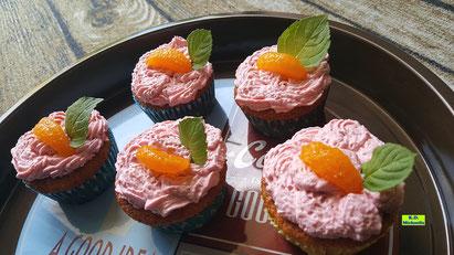 Rezeptvorschau auf selbstgemachte Mandarin-Orangen-Cupcakes mit Himbeer-Mascarpone-Creme aus Dinkel-Dreams 3 von K.D. Michaelis