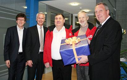Von links: Prof. Dr. Jörg Loth, Bernd Mayer, Adrian Schmitz, Manfred Braun und Volker Schillo