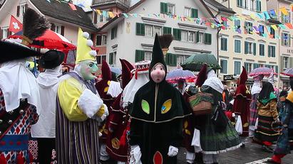 Bunte Feier der alemannischen Fasnacht in der Zentralschweiz.