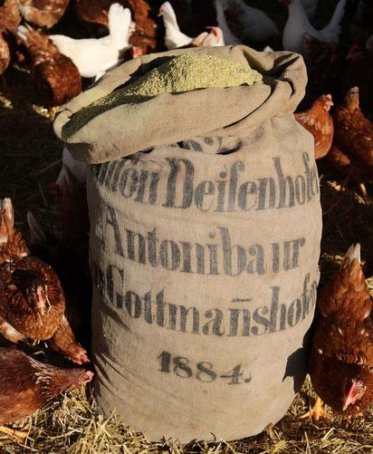 So sieht unser fertiges Mischfutter für unsere Hühner aus.