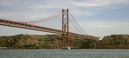 Cristo Rei und Ponte de Abril in Portugal