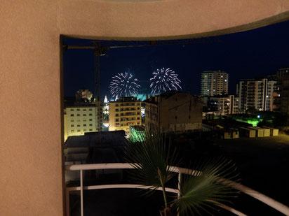 Feuerwerk im Hafen von unserem Balkon aus....grandios