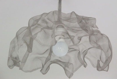 suspension lustre en voile d'inox froissé luminaire  plafond