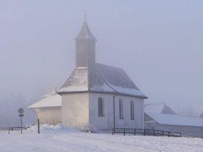 die Kapelle Reutenen mit dem Triboltinger Glöcklein