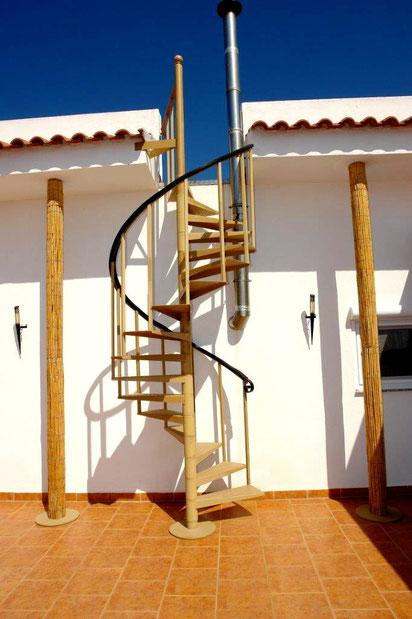 Wendeltreppe zur Dachterrasse