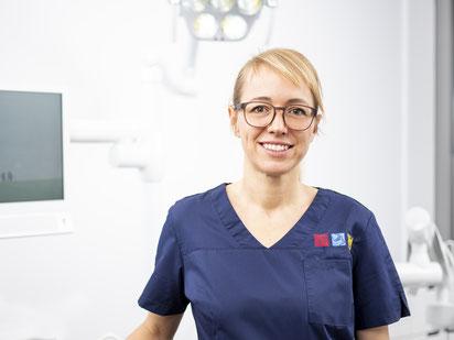 Dr. med. dent. Elisabeth Ehnert  - Zahnärztin