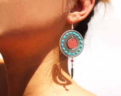 créations bijoux- créateur bijoux- bijoux fait main-bijoux cuir- créateur bijoux cuir- création bijoux- -sarayana-handmade jewelry-leather jewelry-bijoux de créateur- boucles d'oreille cuir- boucles d'oreille plume-boucles d'oreille turquoise