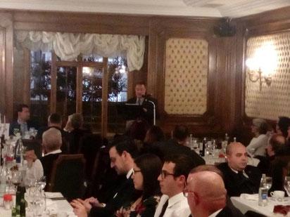 D. Arsenio García Fuertes, Alcalde de Astorga promunciando unas palabras de despedida