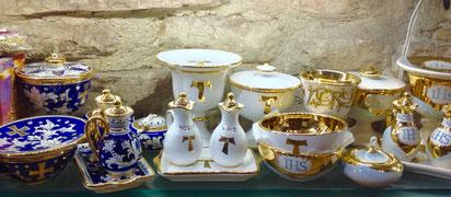 Servizio liturgia in ceramica Deruta