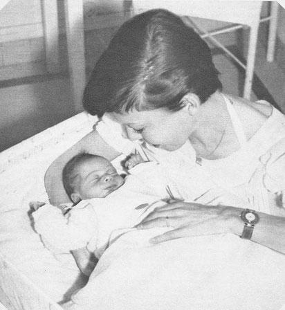 Mehdi el Glaoui et sa maman Cécile Aubry